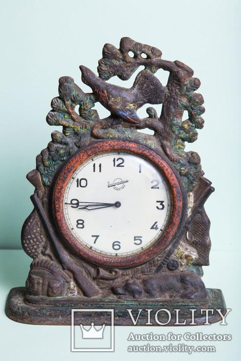 Часы   охота, чугун,  1957 года