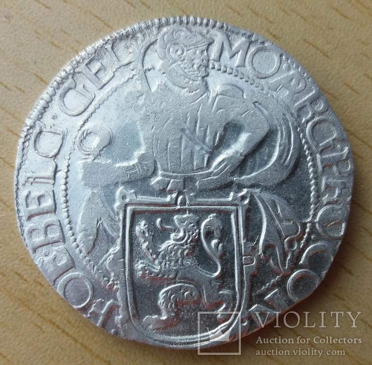 Талер 1647год.