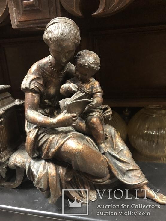 Часы каминные «Мать и ребенок»