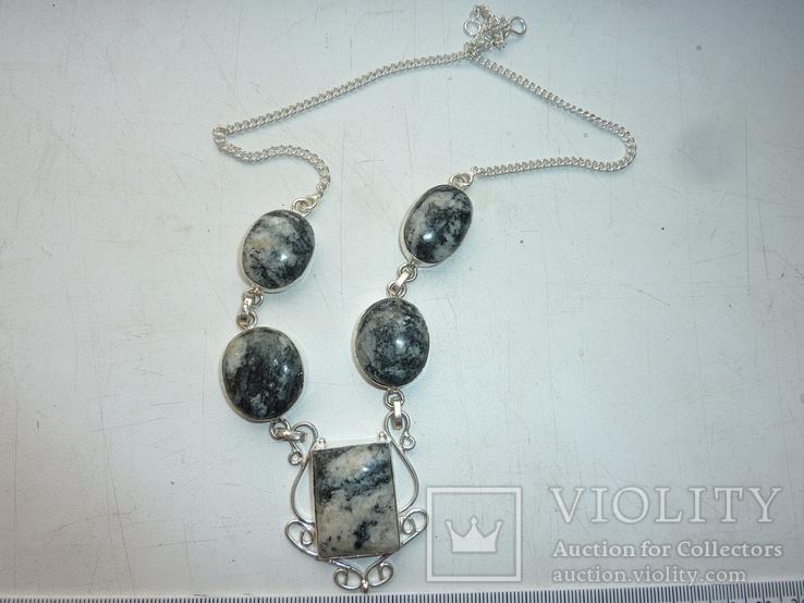 Ожерелье из дендрит опалов