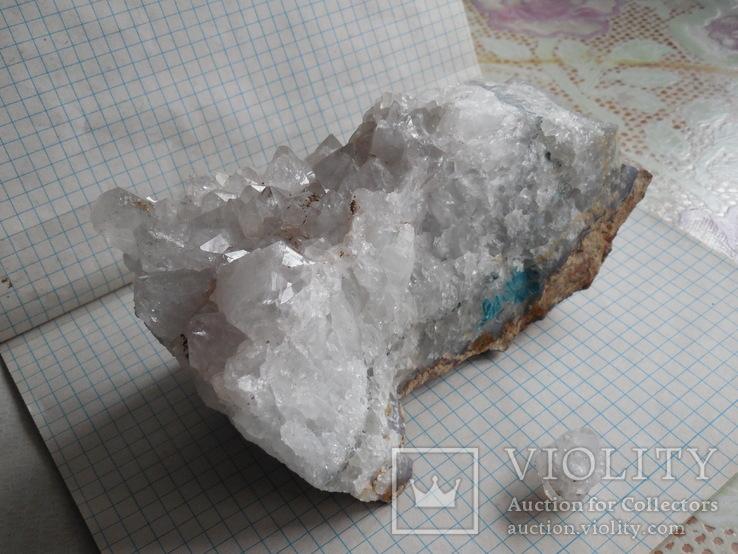 Кристалы на породе, фото №3
