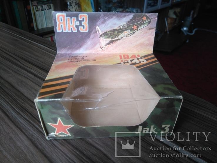 Коробка к модели як - 3 СССР 1 : 72