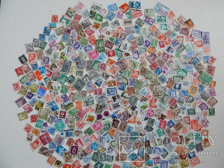Лот иностранных марок 500 шт.