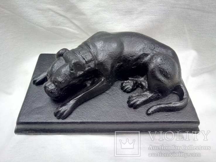 Чугунная скульптура