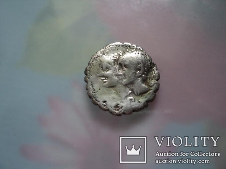 Республиканский денарий С.Сулпий Гальба (106 г.до н.э)