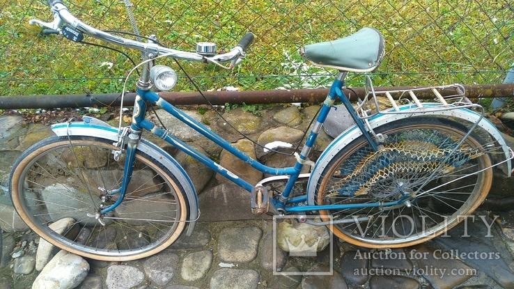 Антикварный велосипед, винтаж, оригинал