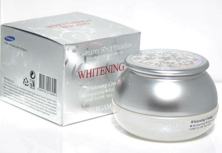 Омолаживающий осветляющий крем Bergamo Whitening EX Wrinkle Cream (Корея)