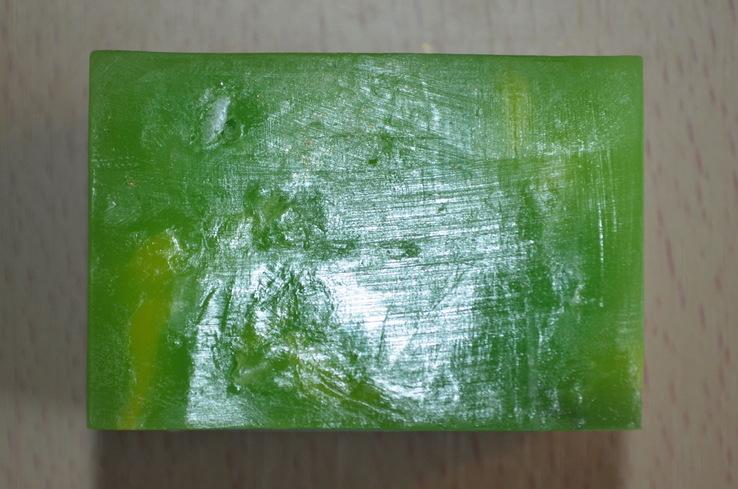 Мыло авторской ручной работы -Замерзший ручей- с ароматом лаванды и лимона 110 г, фото №7