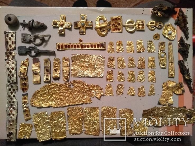 Коллекция украшений гуннской эпохи - 5 век.