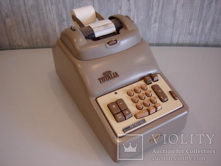 Счетная кассовая машинка '60 е г.г. Италия.