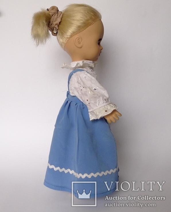 Кукла блондинка в голубом платье с вышивкой., фото №7