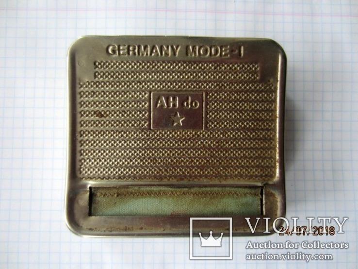 AH do Germany винтажная Машинка для самокруток с табакеркой, фото №2
