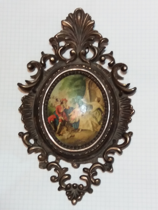 Картина в бронзе.