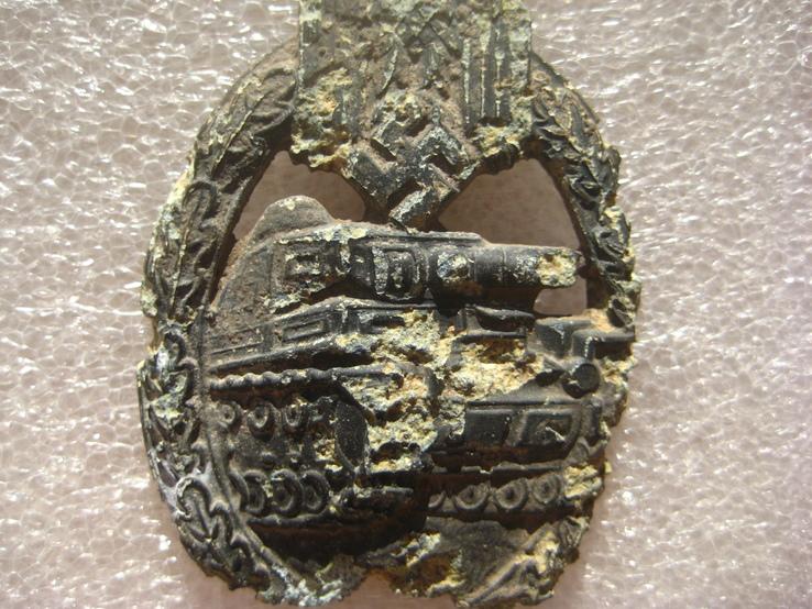 За танкову атаку (нагрудний знак), фото №2