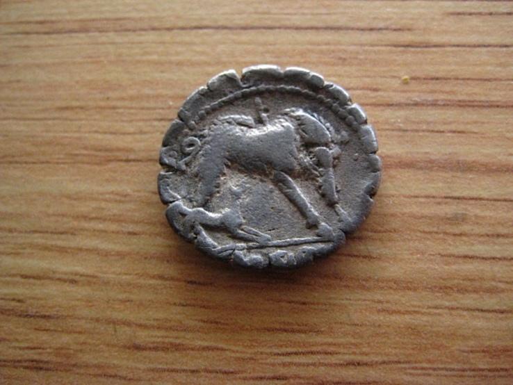 Денарий Римская республика Hosidius Geta