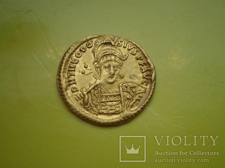 Солид Теодосия II 402-450 г.