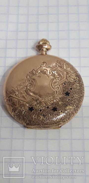 Золотые карманные часы Moulinet
