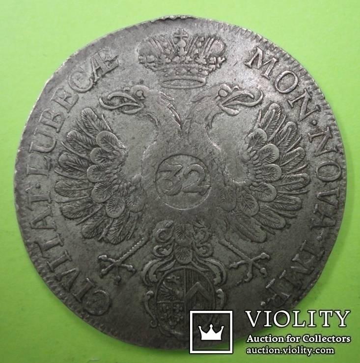 32 шилинга 1731г. Любек