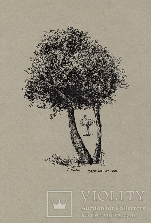 Графика на бумаге ''Дерево''