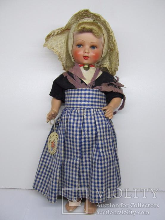 Кукла из бисквитного фарфора и опилок