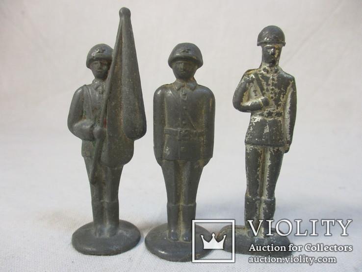 Солдатики и фигурки разные 20 шт, фото №3
