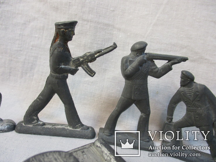 Солдатики и фигурки разные 20 шт, фото №4