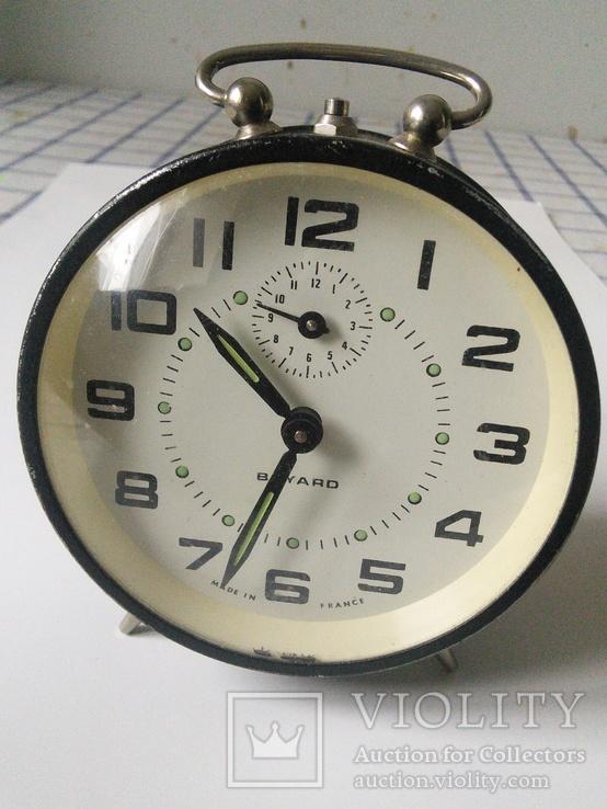Часы-будильник BAYARD.