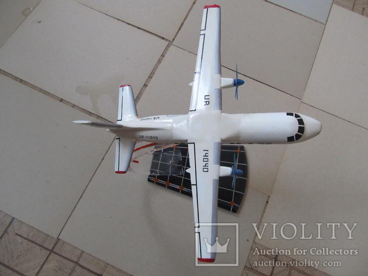 АН-140. Подарочная модель-копия ХАЗ., фото №6