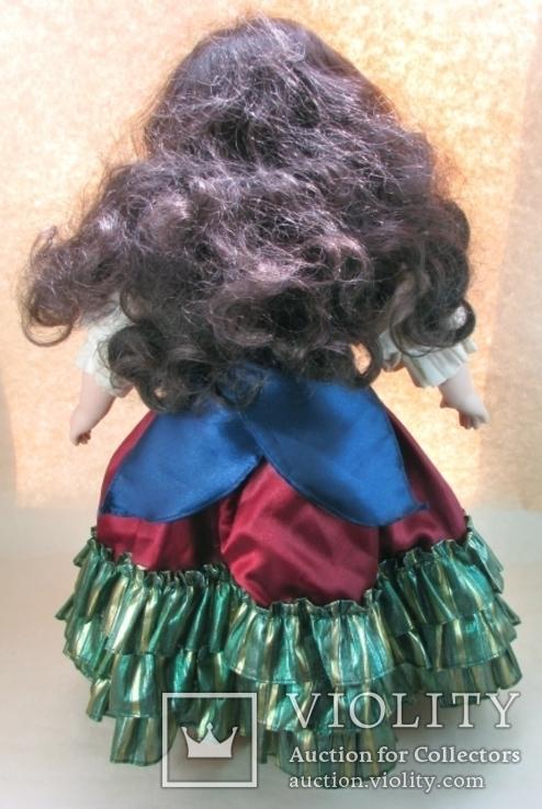 Кукла фарфоровая коллекционная париковая Цыганка 43 см, фото №6