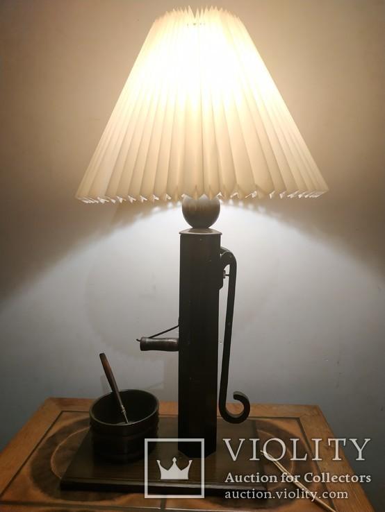 Настольная лампа Колодец достатка. Европа