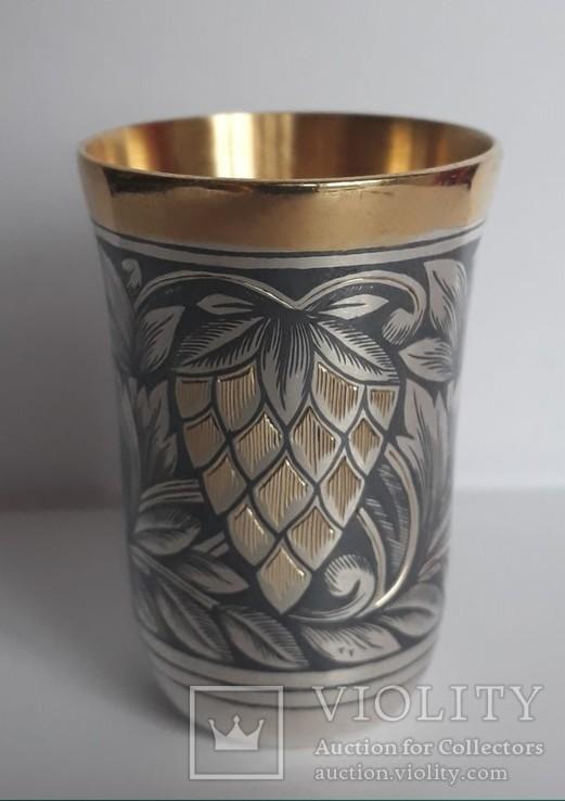 Серебряна стопка с позолотой,чернь 875пробы,47.54гр