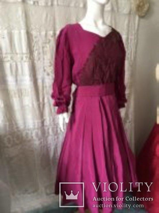 Крепдешиновое платье ярко малиновое 1950 год., фото №2