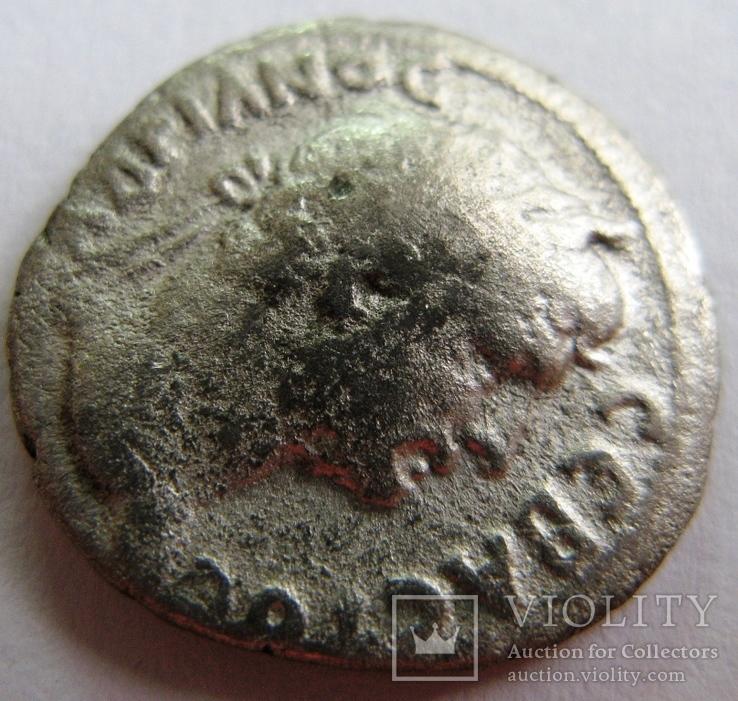 Серебряная драхма Hadrian, Caesarea, 121 год н.э. мондовор - Cappadocia., фото №4