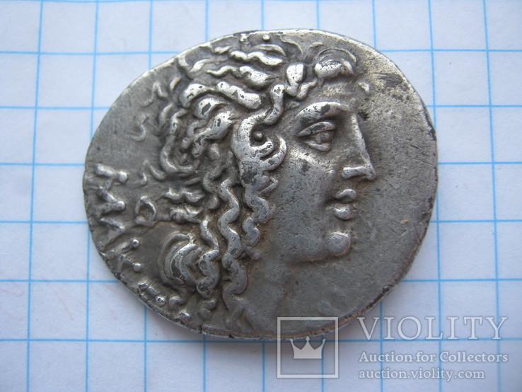Тетрадрахма-Македония под протекторатом Рима, квестор Эсил.