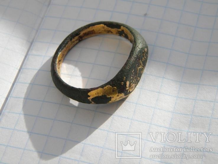 Кольцо Византии с монограммой.