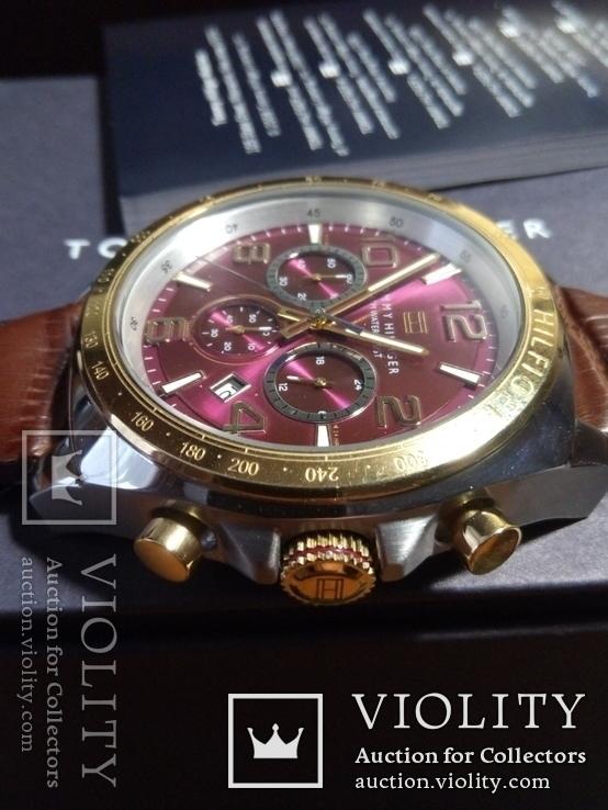 Часы хронографTommy Hilfiger