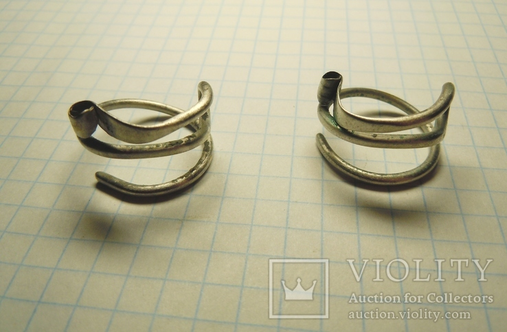 Два серебряных височных кольца