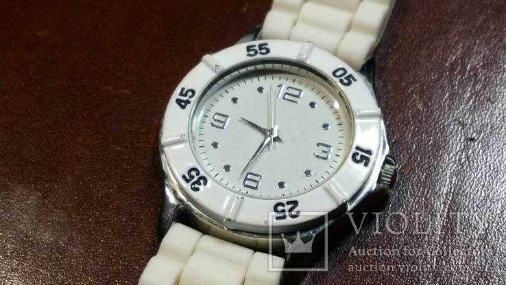 Женские кварцевые часы, фото №3