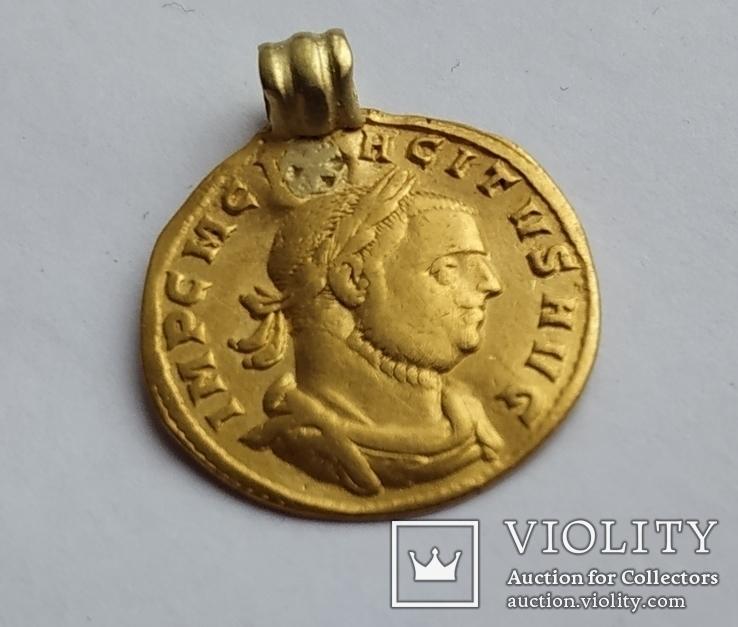 Ауреус Tacitus (275-276)