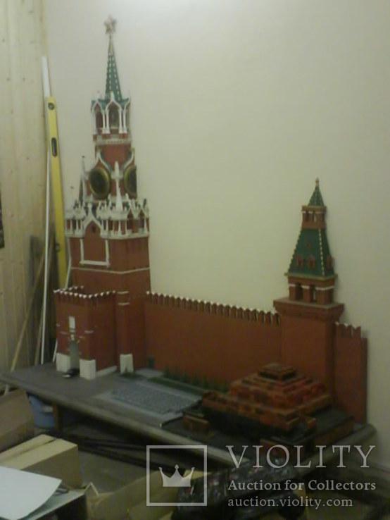 Макет Кремля с мавзолеем