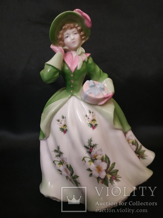 Royal Worcester Дама в Цветах