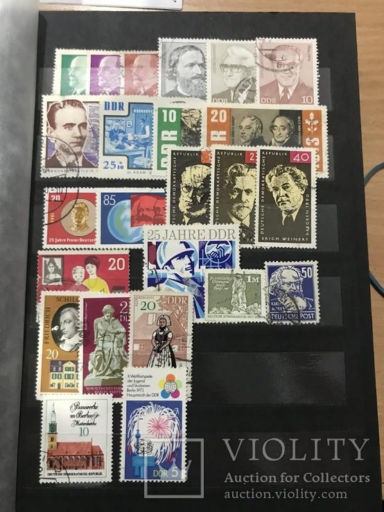 Поштові марки різні 450шт