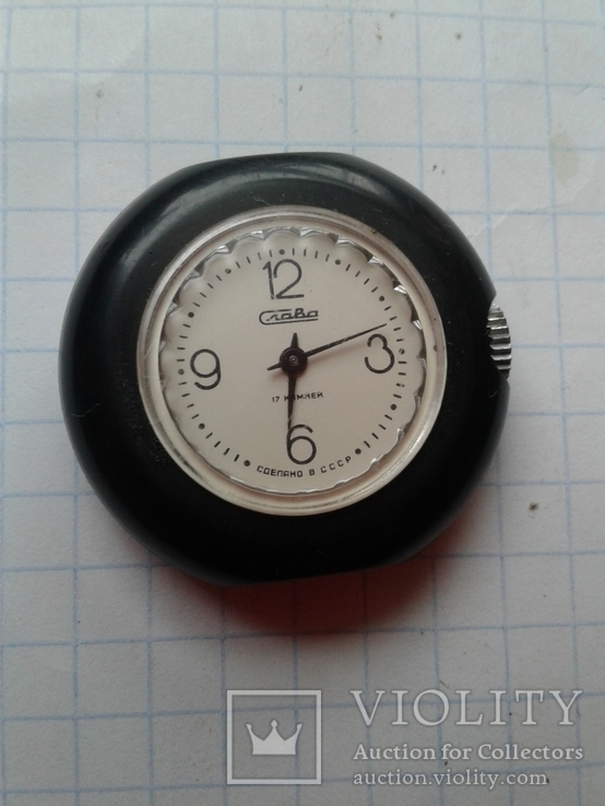 наручные часы СССР Слава 17 камней Пластмассовый корпус на ходу