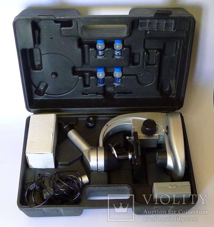 Немецкий микроскоп в футляре