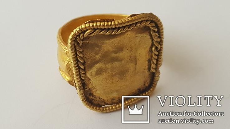 Золотой перстень, 2-3 в.,Рим.