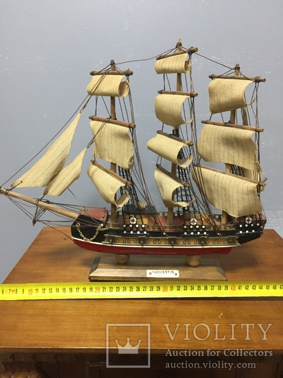 Модель корабля Bergantin