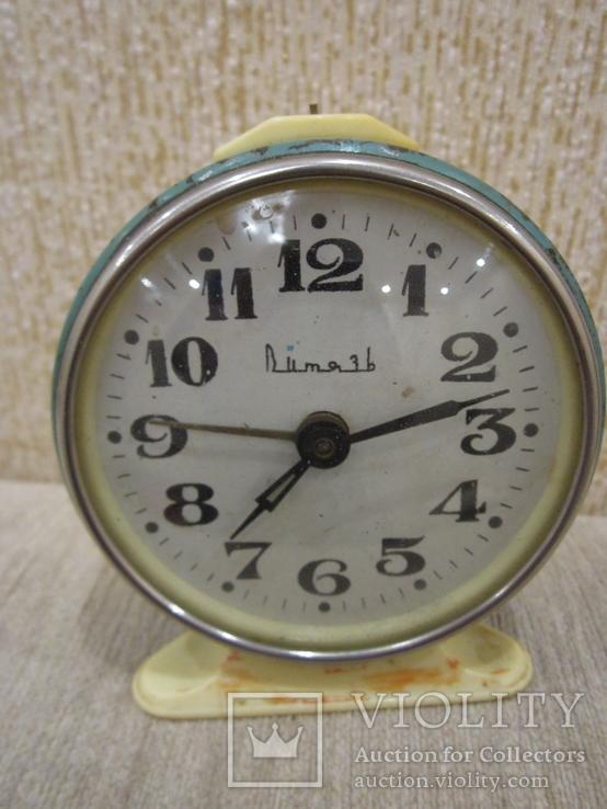 Часы будильник Витязь белый циферблат, фото №2
