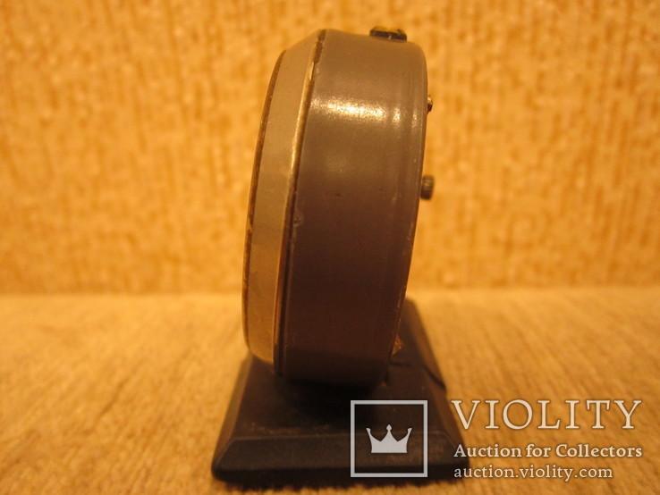 Часы будильник Ракета черный циферблат, фото №4