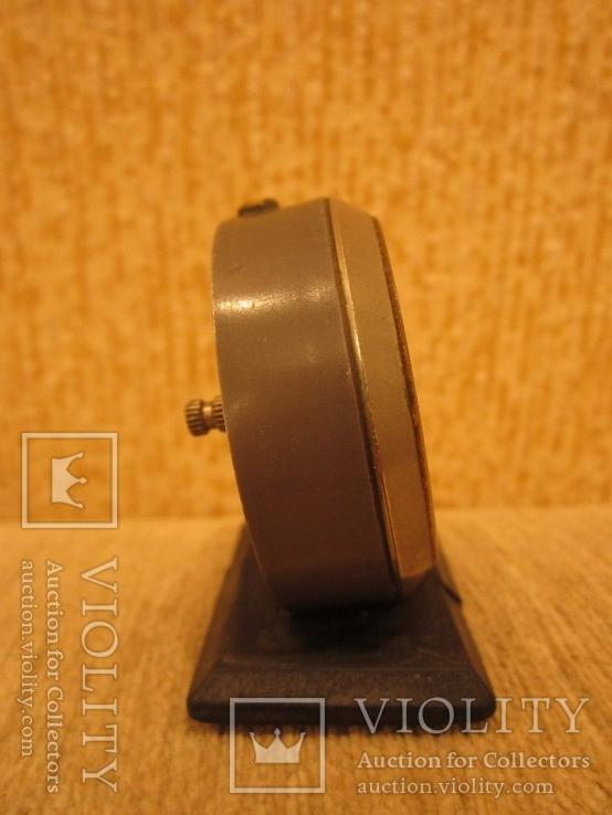 Часы будильник Ракета черный циферблат, фото №8