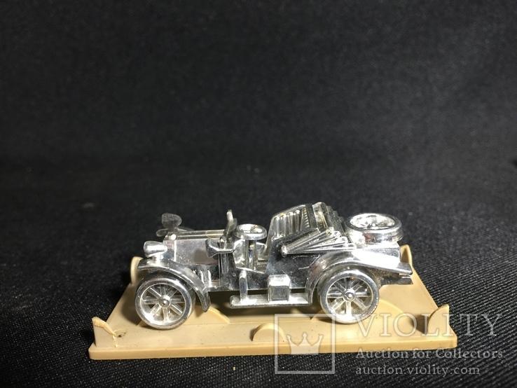 Модель ретро автомобиля, фото №5